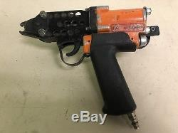 Air Tools Hog Pneumatic C-Ring Air Nail Gun Hog Ring Plier Used