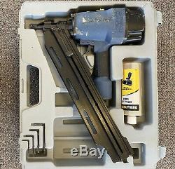 Central Pneumatic 28 Angle Contractor Series Framing Nailer With Air Tool Oil