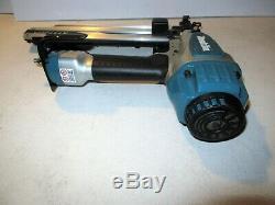Makita At1150a Air Pneumatic 16 Ga 7/16 Medium Crown 1-2 Stapler Staple Gun