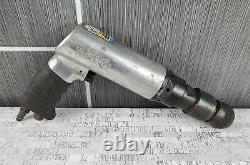 Matco Tools MT1724 250mm Pneumatic Long Barrel Air Hammer Kit w 4 Bits & Case