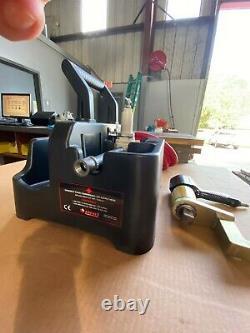 RAD Model 15DX Pneumatic Torque Wrench 1 300-1500 ft. Lbs. (Rebuilt)